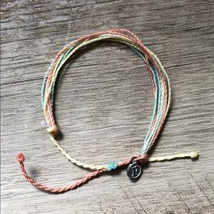 NWOT pura vida beachy bracelet